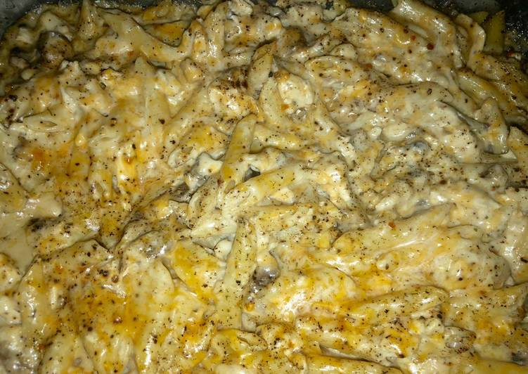 Cheesy chicken and mushroom casserole