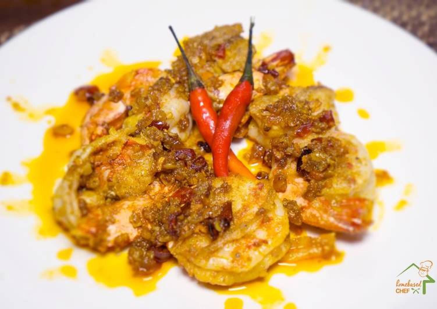 Chili Garlic Prawns (Mild Spicy Gambas)