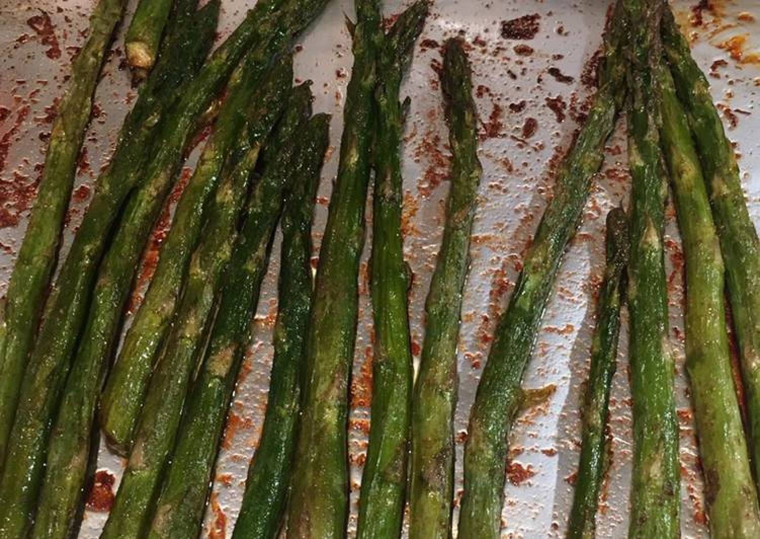 Lightly Spiced Roast Asparagus Stems