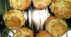 Provenal herbs bread