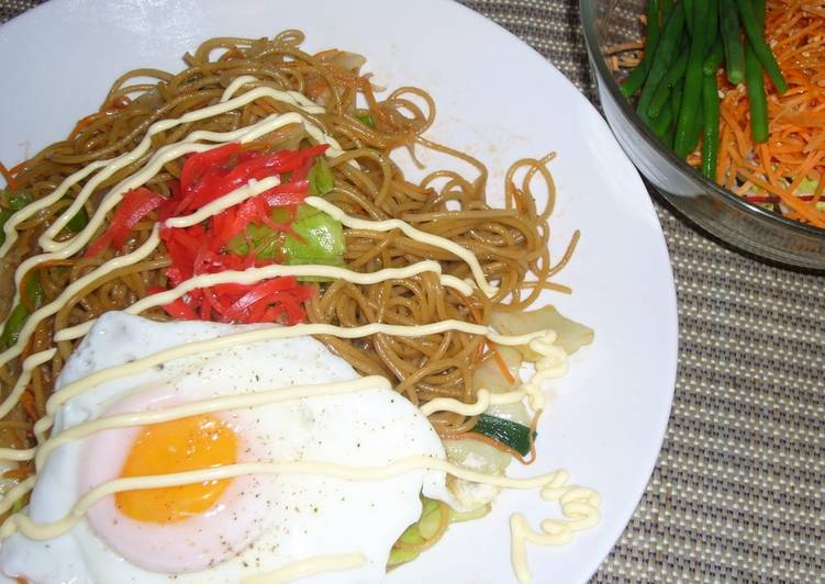 A Must-try Recipe for People Living Overseas Yakisoba Stir-Fried Noodles Using Pasta