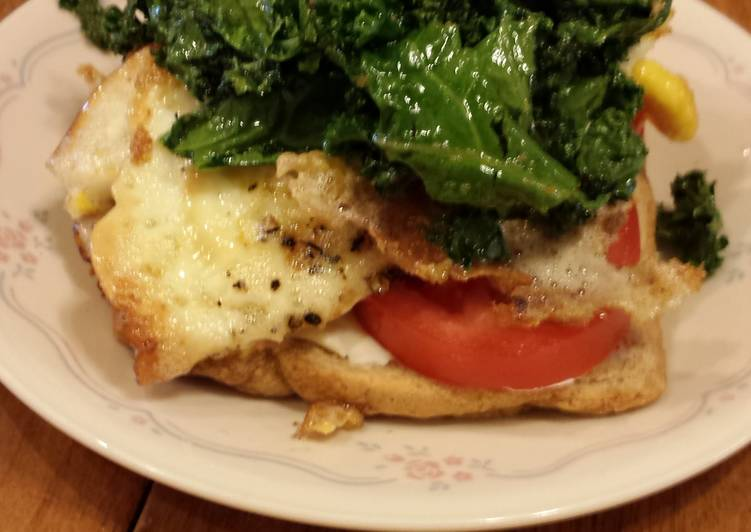 kale,tomato and cream cheese breakfast sandwich
