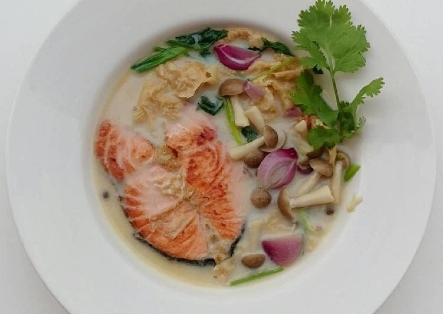 Salmon And Shimeji Mushroom In Milk Soup