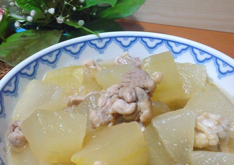 Winter Melon  Chicken Simmer to Enjoy the Taste of Chicken