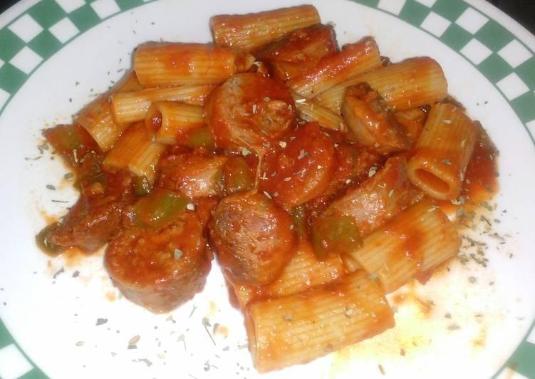 Rigatoni w/ Green Peppers, Italian Sausage and Garlic