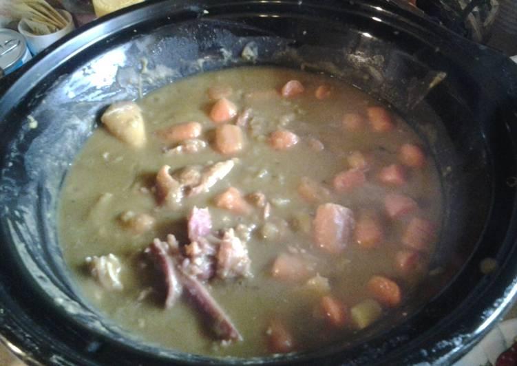 Split Pea Soup (crockpot)