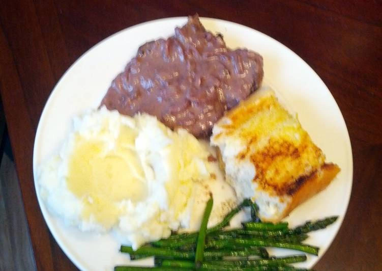 Venison steaks with red wine blue cheese sauce