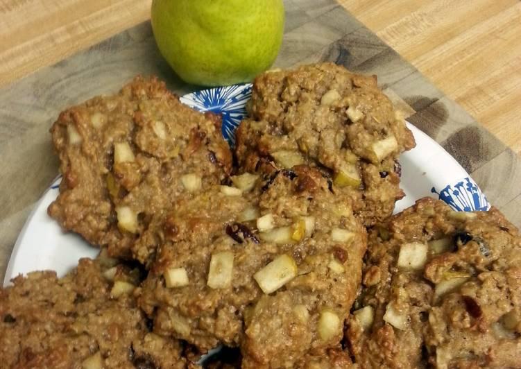 Pear Breakfast Granola Cookies