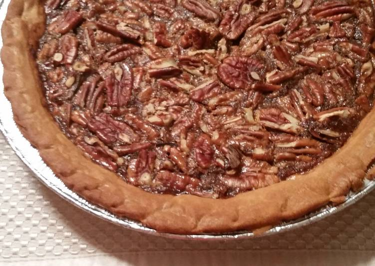 Easiest Way to Make Any-night-of-the-week Famous Pecan Pie