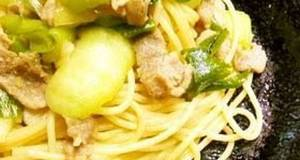 Pork and Bok Choy Chinese-style Pasta