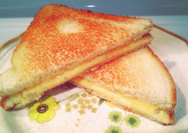 Complicated grill cheese sandwich