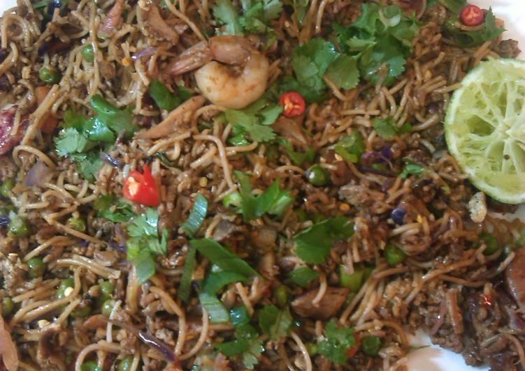 Heidis Singapore Noodles