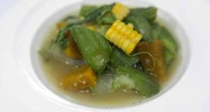 Vegetables Hot Soup / Gaeng Liang