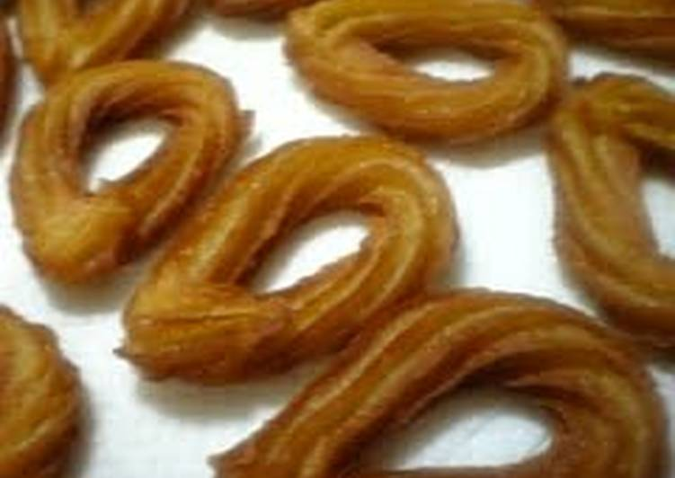 Recipe of Speedy Churros Dough Made in the Microwave with Soy Milk and Brown Sugar (Japanese-Style Flavors)