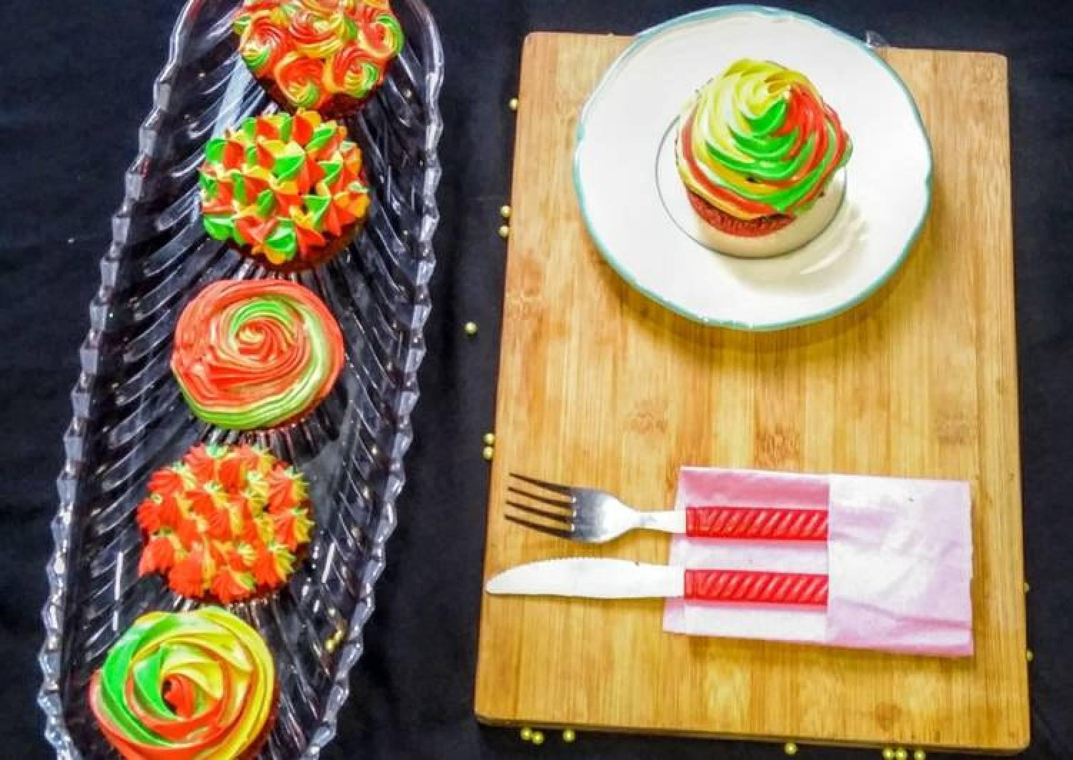 3 colour Cupcakes