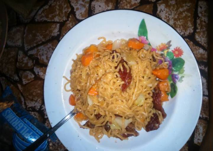 Noodles with suya