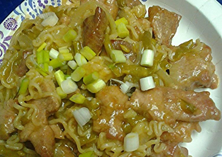 Ramen noodles pork and green bean stirfry
