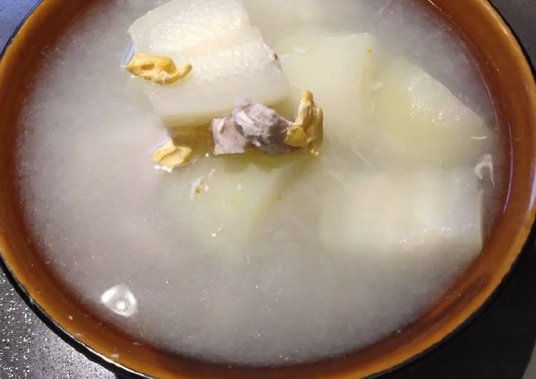 Salted Egg Melon Soup
