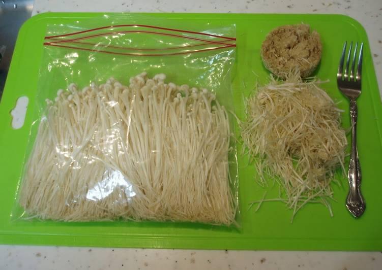 How to Brush-Clean and Freeze Enoki Mushrooms