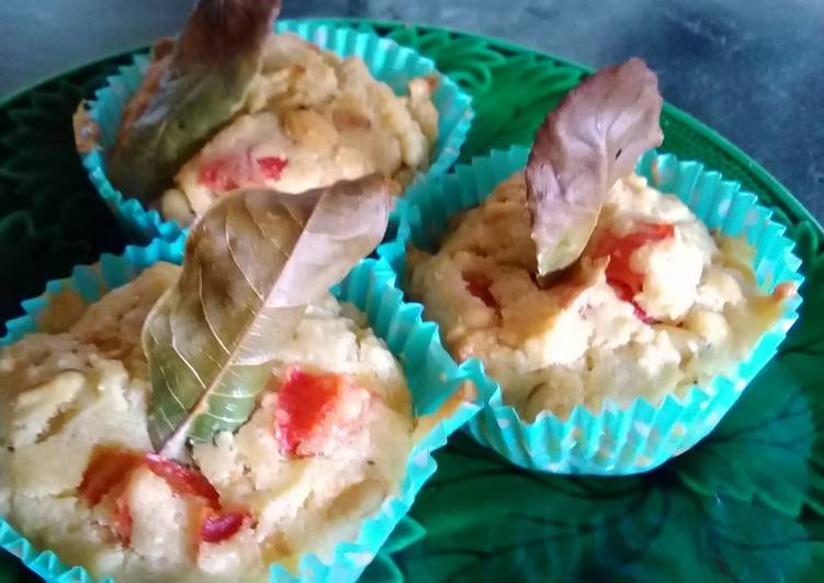 Red pepper and pine nut cupcake