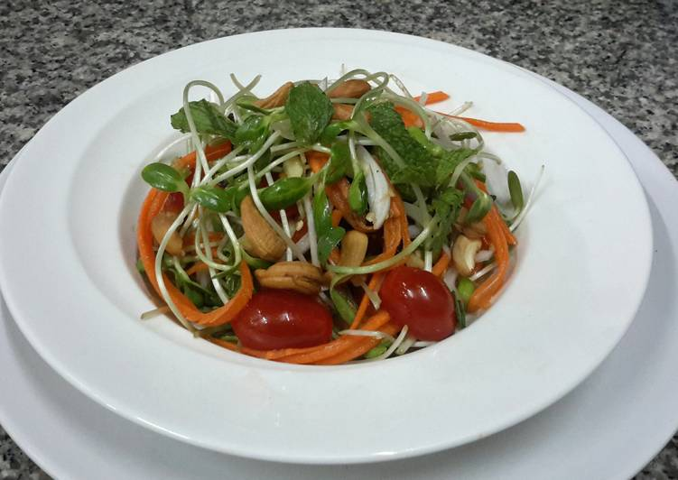 Kanya's Sunflower Sprouts Salad