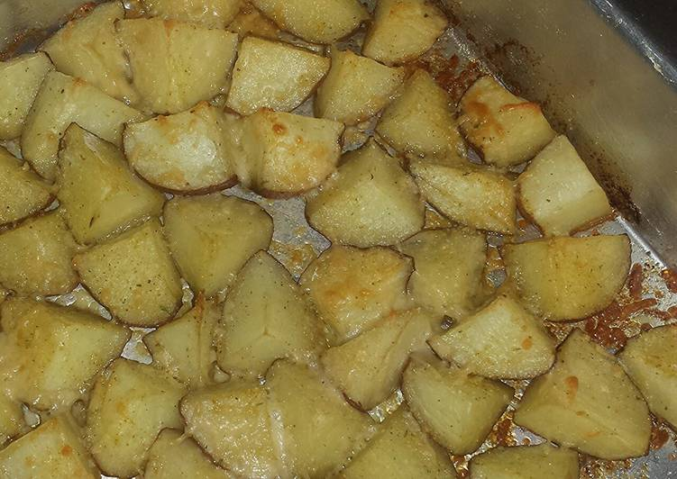 Garlic-Parmesan Oven Roasted Potatoes