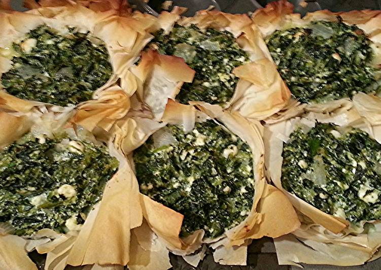 Mini Veggie Greek Spinach Pies