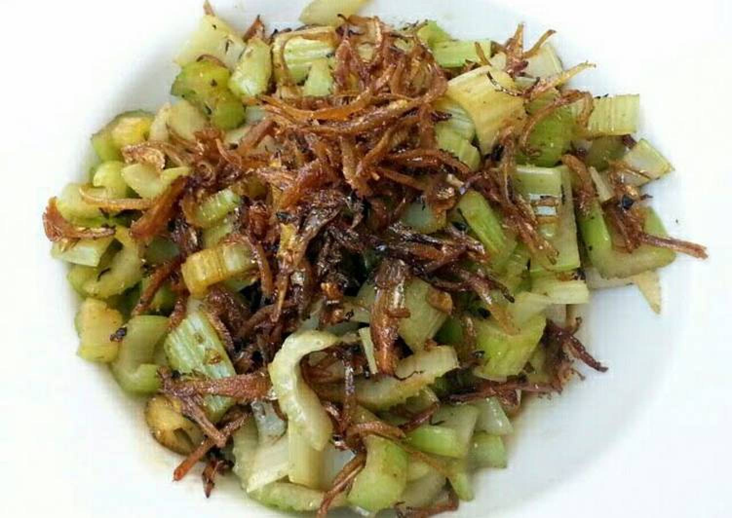 Cerely And Sweet Anchovies Salad