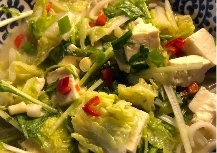 Tofu miso and noodle soup - vegan