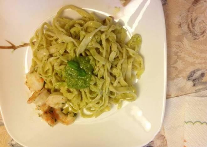 Homemade Pasta & Basil Pesto