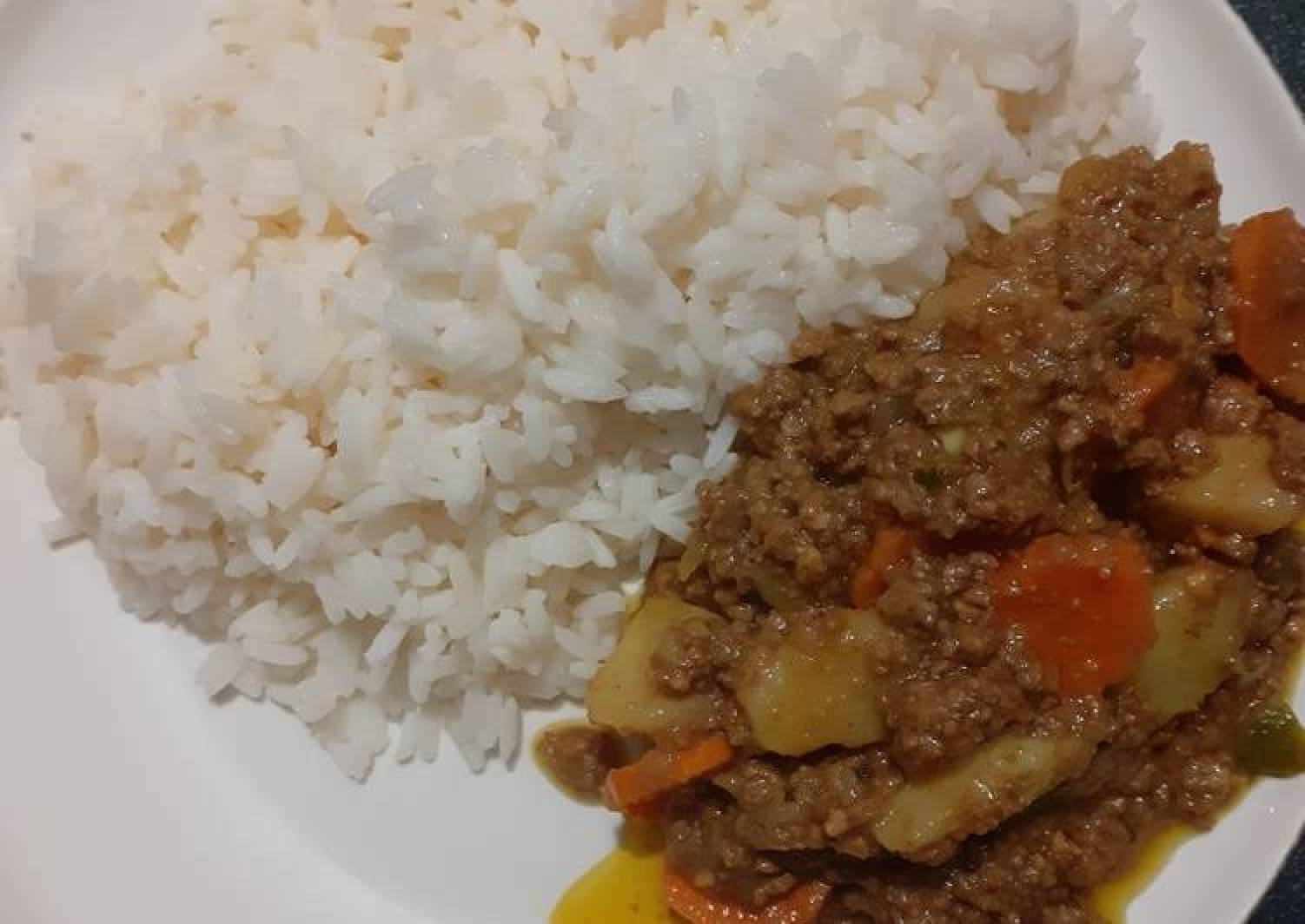 Minced meat with potatoes&Carrots