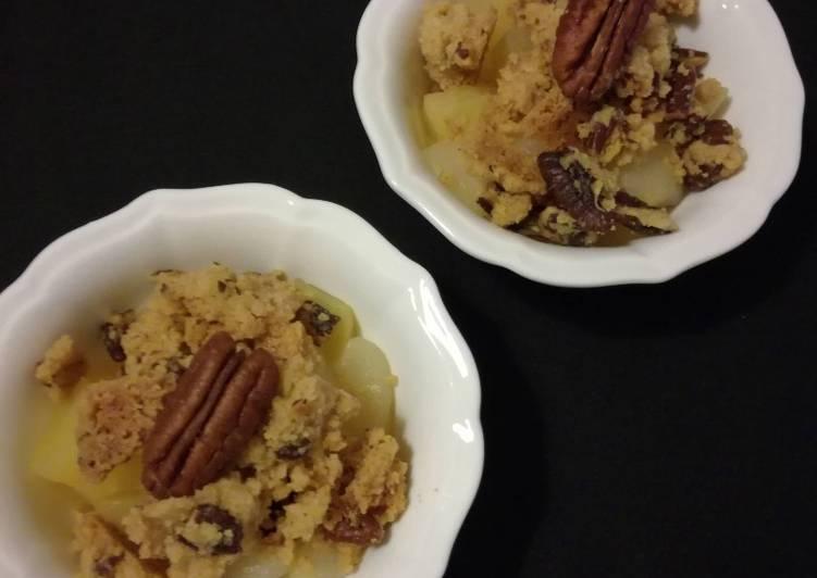 Crumble pommes-poires sirop d'érable et noix de Pécan