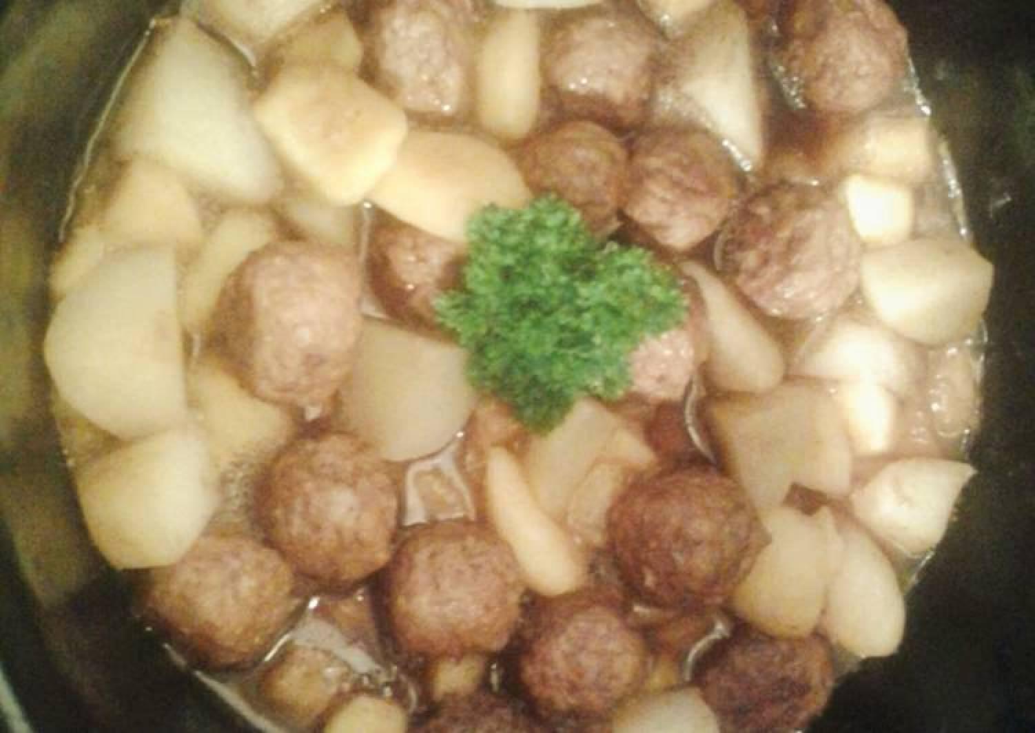 Crockpot Meatball Casserole