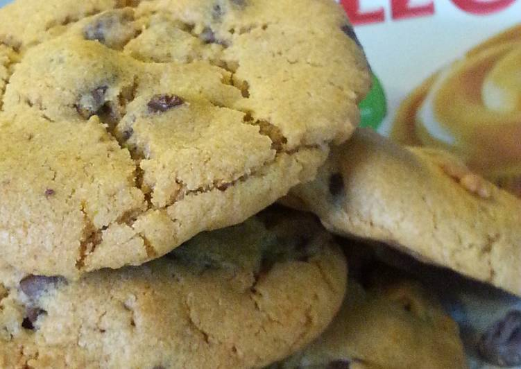 Pumpkin Spice Chocolate Chip Pudding  Cookies