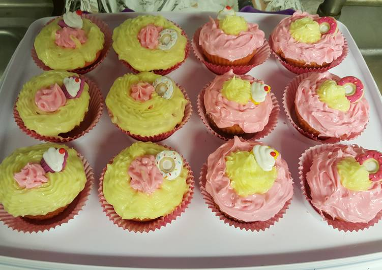 Exquisite Kuisines Strawberry-lemonade cupcakes