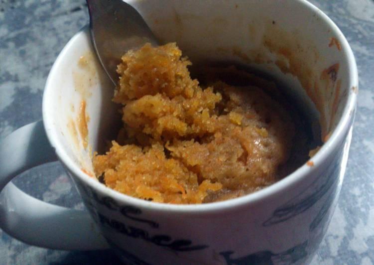 Moist Vegan Carrot Mug Cake