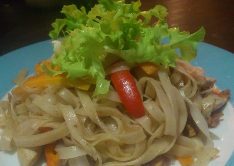 Pad Thai x Any Vegetables