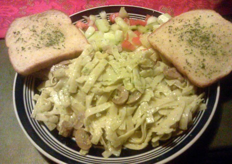 Quick Alfredo Dinner