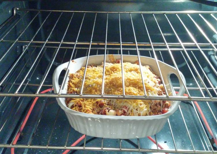 Left over taco chilli pasta bake