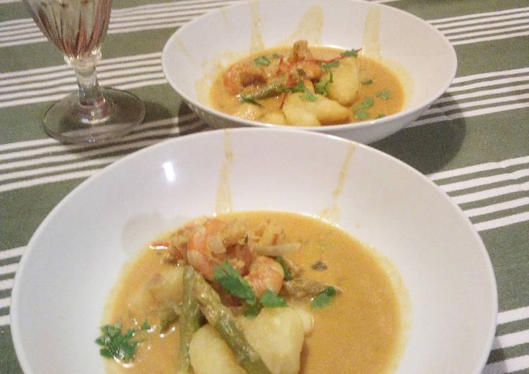 Soupe Thaï au curry jaune
