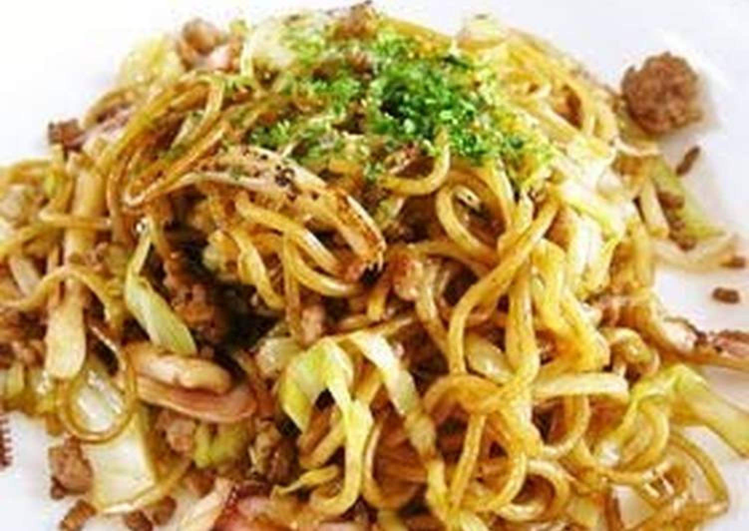 Ika Yakisoba (Panfried Noodles with Squid)