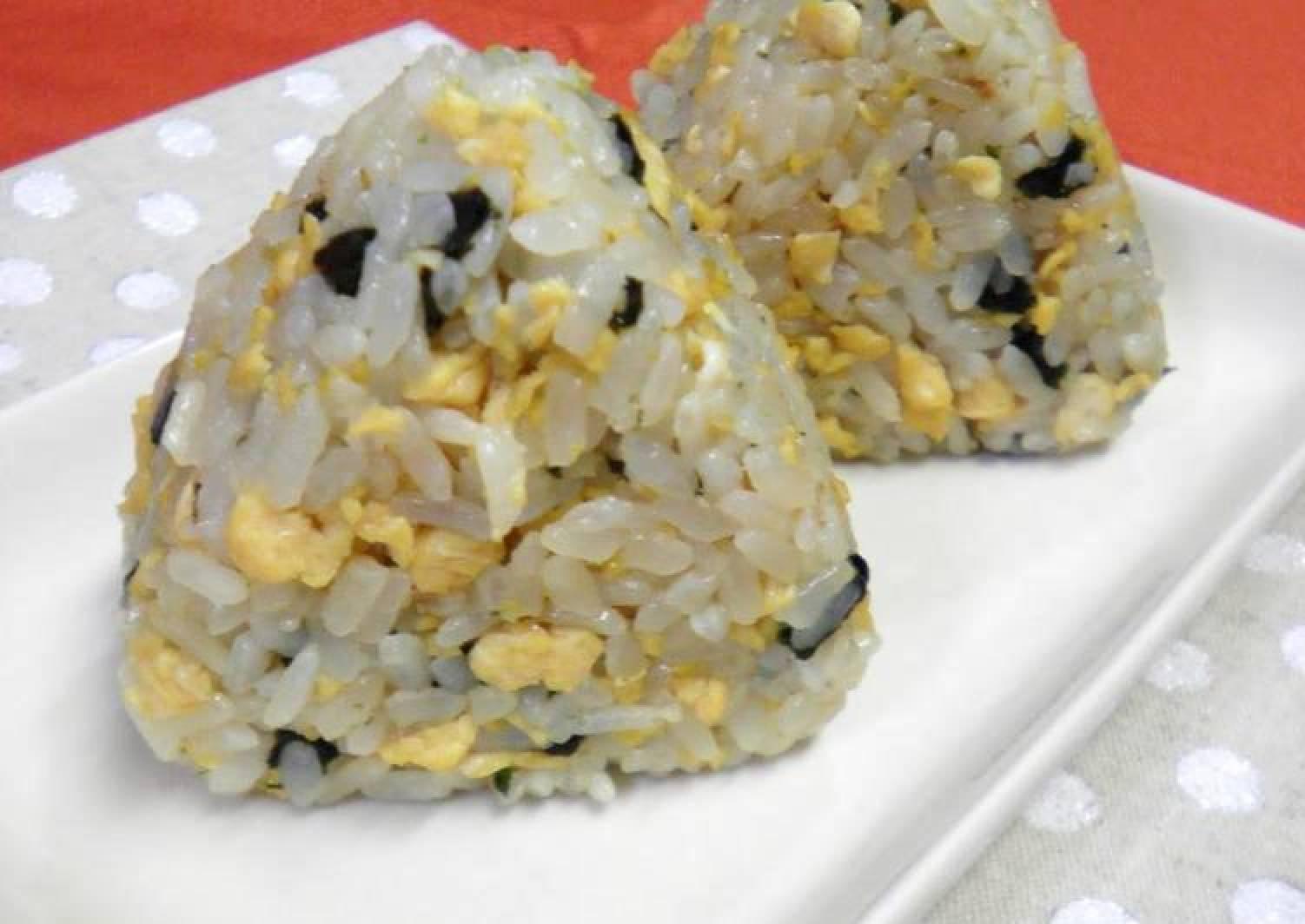 Real Nori Seaweed and Egg Rice Balls