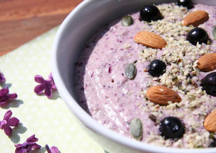 Petite crème violette aux graines de sarrasin