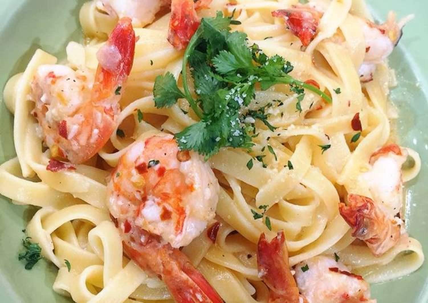Shrimp Creamy Fettucini Pasta
