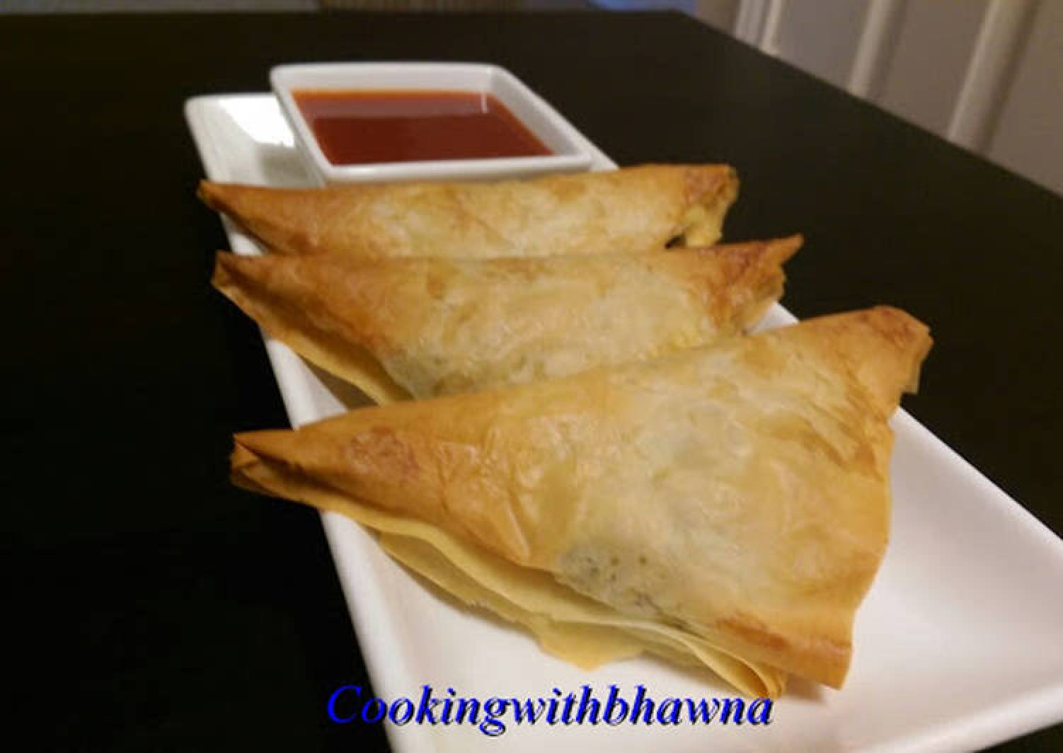Puff – Spicy Mashed potato filling in crispy puff pastry sheets