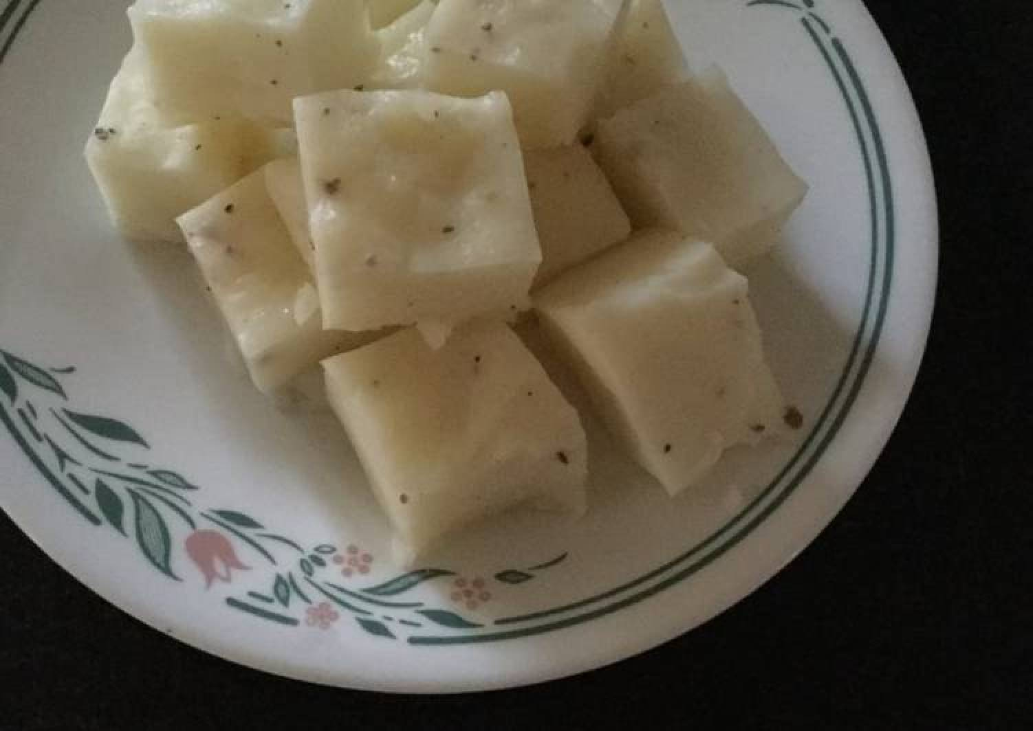 Pala Billalu (Milk with arrowroot powder Barfi)