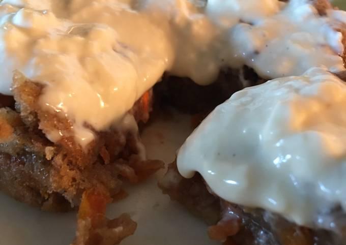 Low fat carrot mug cake with vegan options