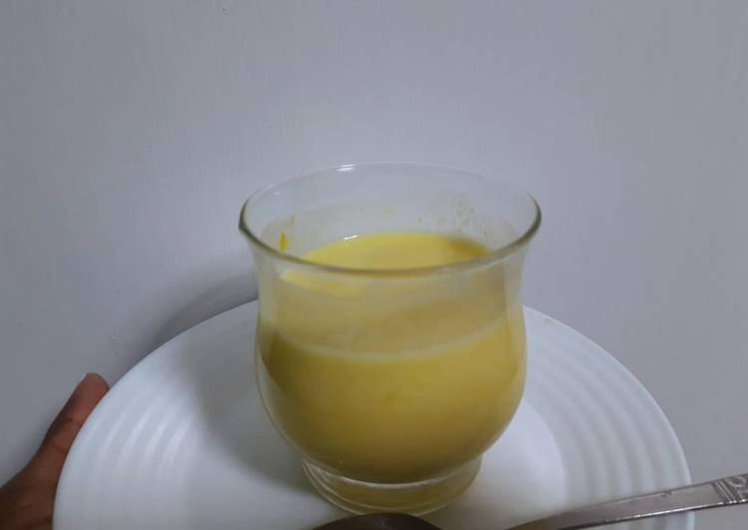 Mango - avocado smoothie