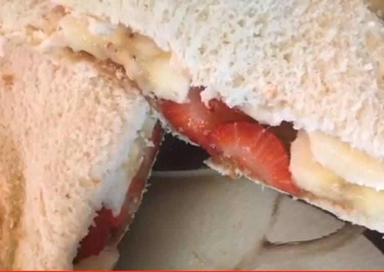 Cookies and strawberry banana sandwich