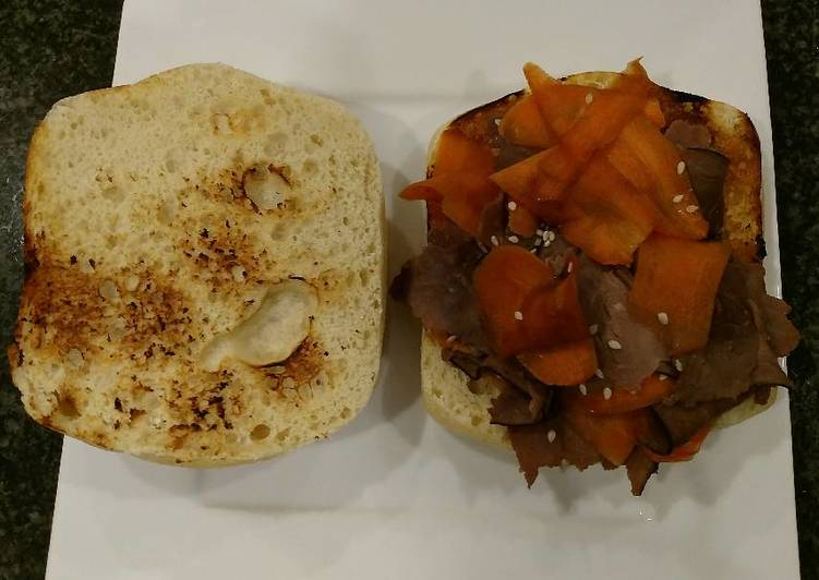 Sandwich: Roast Beef and Carrot